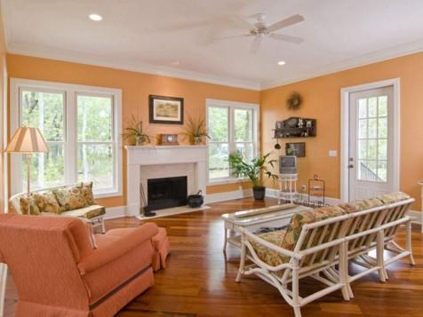 персиковые стены гостиной в стиле прованс