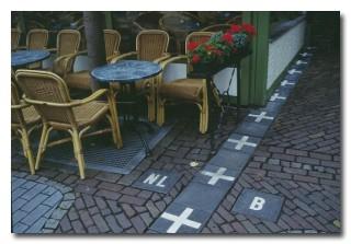 кафе на самой границе Бельгии и Нидерландов