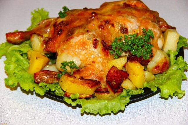Курица с грибами в духовке - 5 проверенных вкусных рецептов